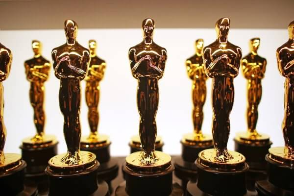 oscars statue awards